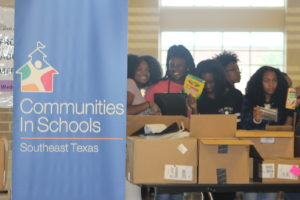 Skanska Donates to CISSET for Memorial High School